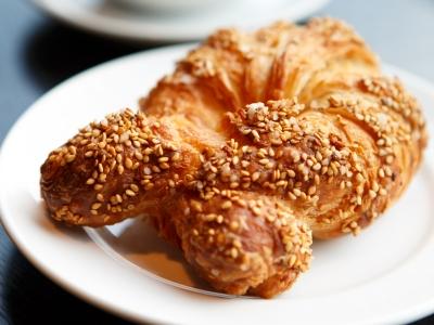 パン屋に行ったら必ず買うパン3種の都内おすすめ店–J-Wave放送