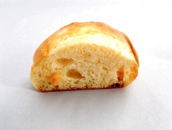 DONQのコーンパン